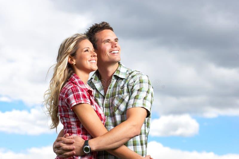 Giovani coppie di amore fotografie stock
