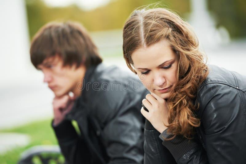Giovani coppie nel rapporto di sforzo immagine stock libera da diritti