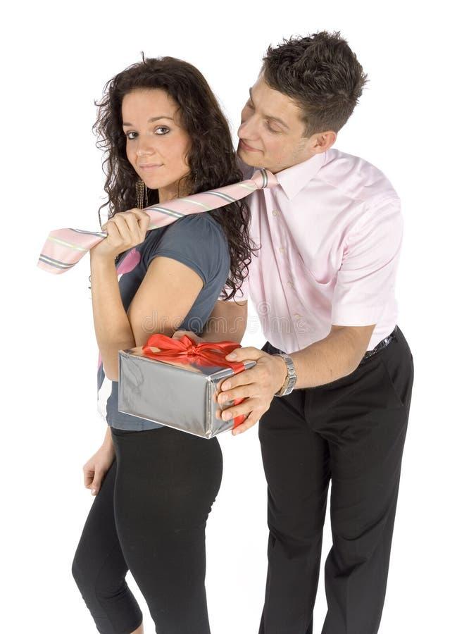 Giovani coppie - schiavo di amore immagini stock
