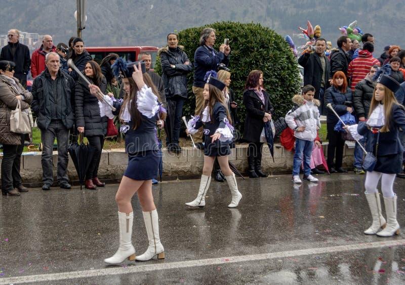 Giovani majorette nel carnevale fotografie stock