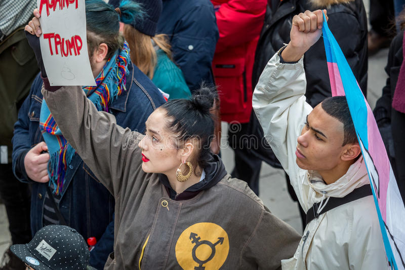 Giovani multi attivisti etnici fotografia stock
