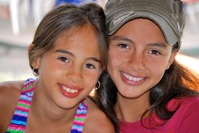 Giovani sorelle fotografie stock libere da diritti