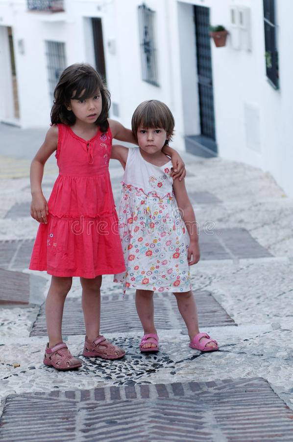 Giovani sorelle in Spagna fotografie stock libere da diritti