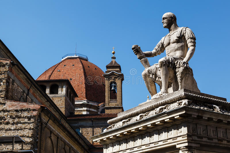 Giovanni delle班德Nere雕象  免版税库存照片