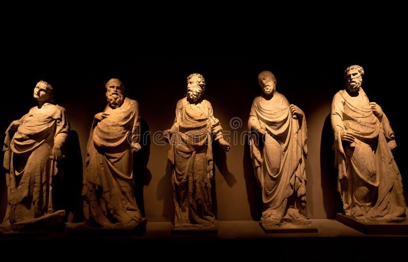 Giovanni Pisano, Sculptures facade Cathedral, Museo dell` Opera del Duomo, Siena, Италия, ночь стоковое изображение