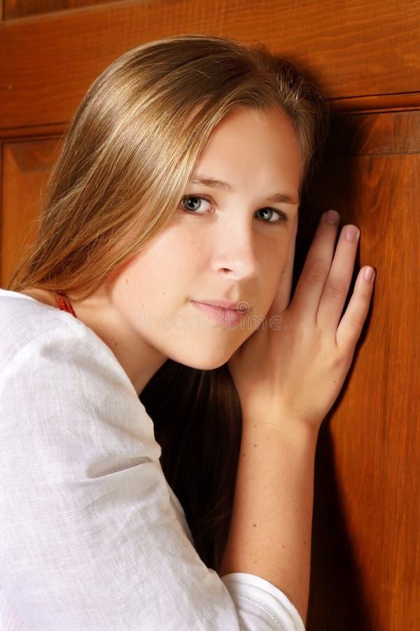 Gioventù al portello fotografie stock libere da diritti