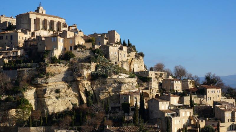 Gipfeldorf Gordes in der französischen Provence stockfotografie