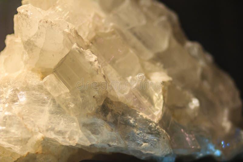 Gipsowy blaszkowaty przyzwyczajenie lub blaszkowaci kryształy gips kołysamy specim obrazy royalty free