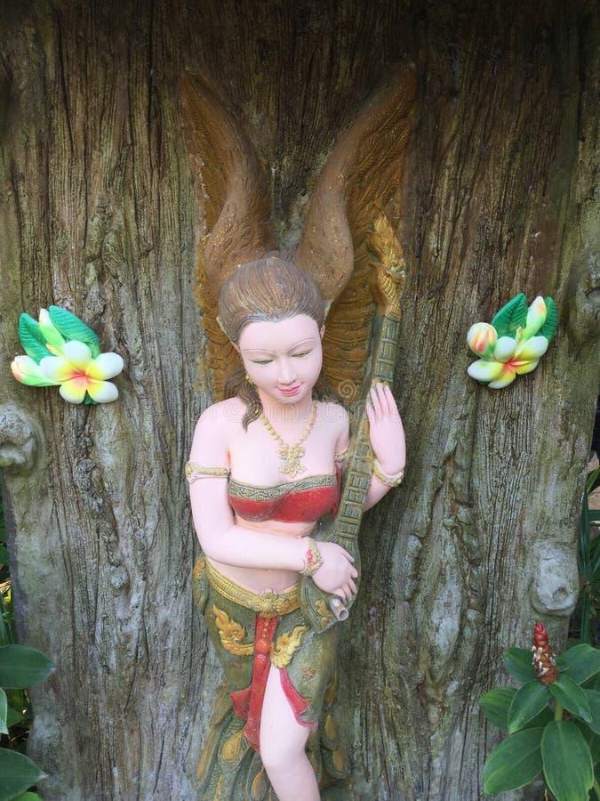 Gipspleister traditionele Thaise vrouwen stock fotografie
