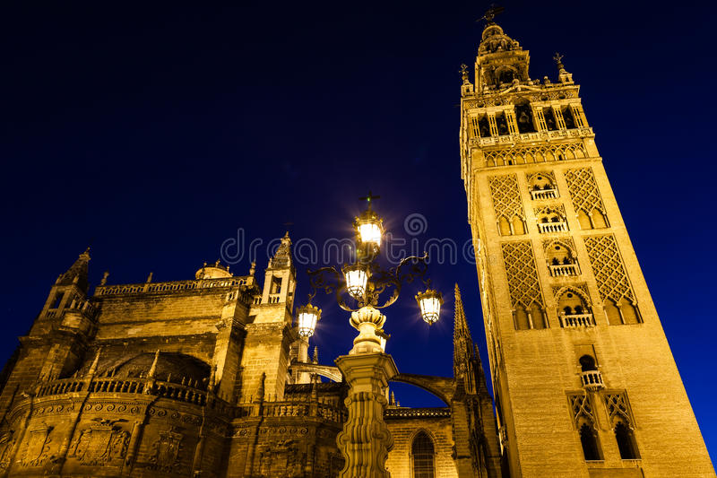 Giralda de Sevilha - Espanha imagens de stock