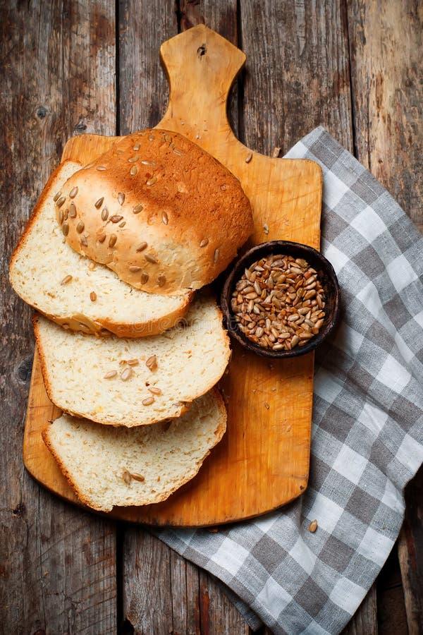 Girasole Honey Oatmeal Bread del grano intero Stile rustico immagine stock