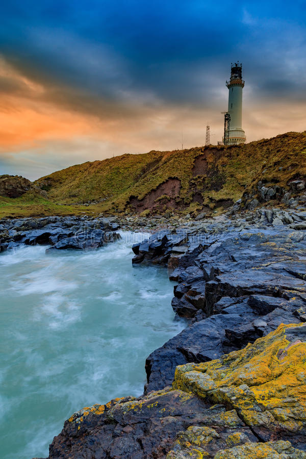Free Girdle Ness Lighthouse During Sunrise In Aberdeen Royalty Free Stock Photo - 76774345