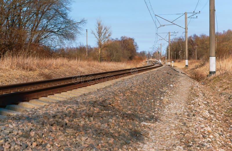 Gire el ferrocarril, carriles ferroviarios foto de archivo