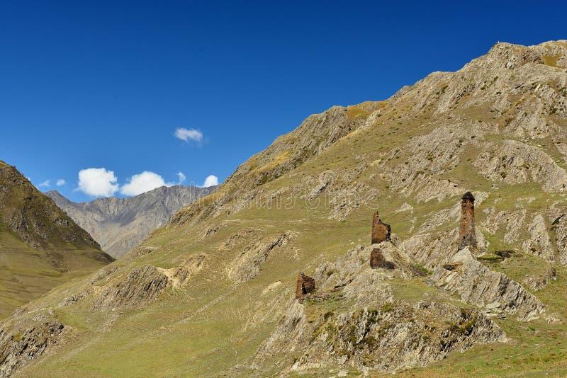 Girevi byTusheti region Georgia arkivfoto