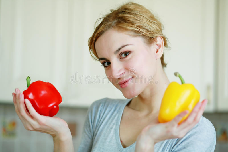 Download Girl stock photo. Image of fresh, vegetable, female, beauty - 11880100