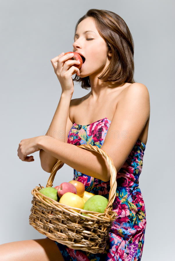 Download Girl With A Basket Of Fruit Stock Image - Image: 21272309
