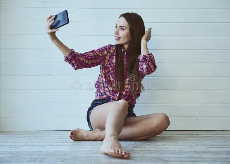 Girl Blogger royaltyfri fotografi
