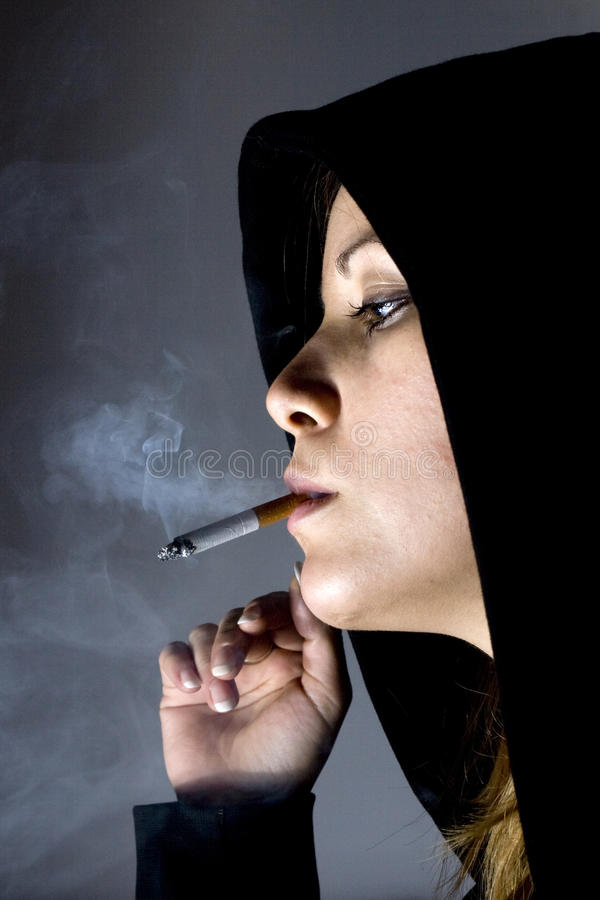 Girl with cigarett