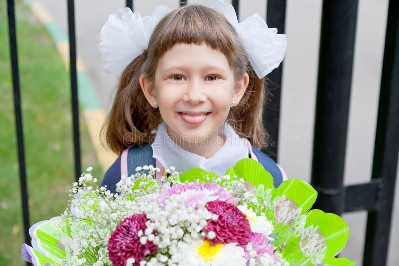 Download Girl Come To School Royalty Free Stock Images - Image: 26413329