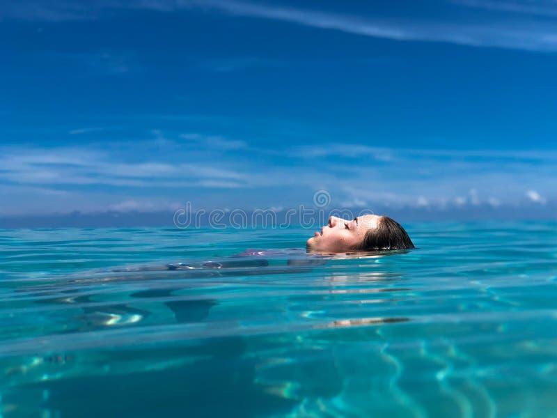 Girl enjoying vacation in Havana, Cuba royalty free stock photos