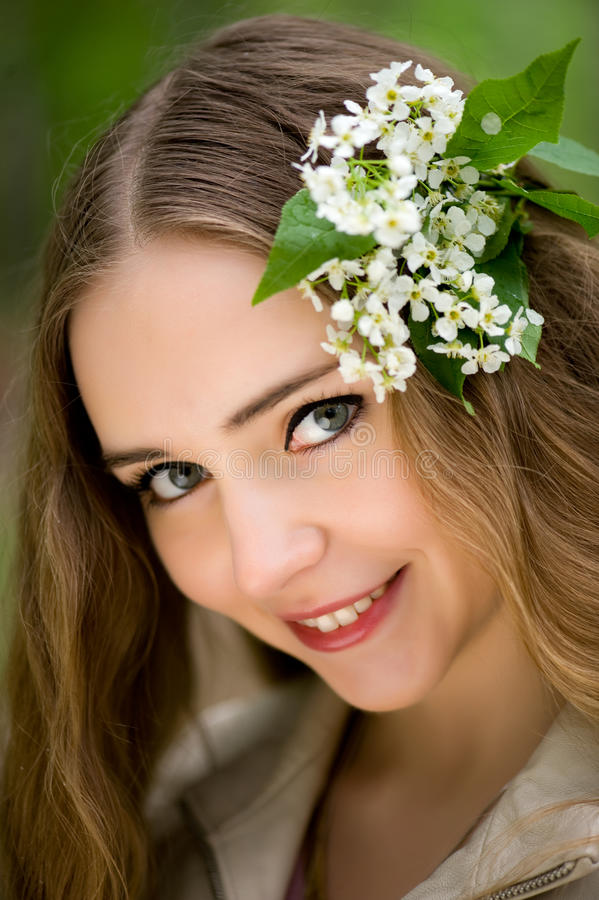 Download Girl With Flowers In Her Hair Stock Image - Image: 20252687