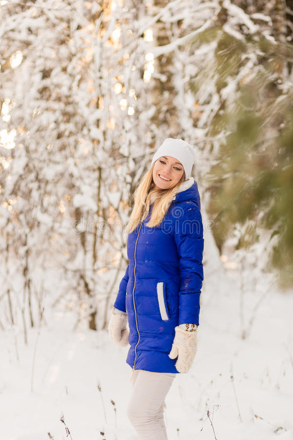 Download The Girl Have A Rest In The Winter Woods. Stock Photo - Image: 83720868