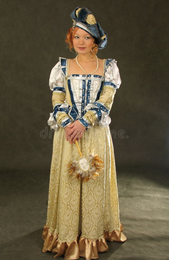 Free Girl In Polish Clothes Of 16 Century With Mirror-fan Royalty Free Stock Images - 1876289