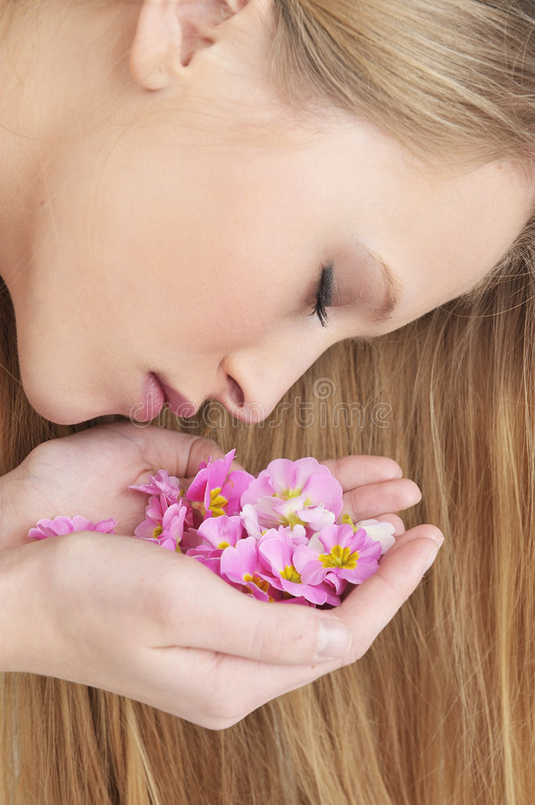 Free GIRL IN SPA WITH FLOWER Stock Images - 8406044