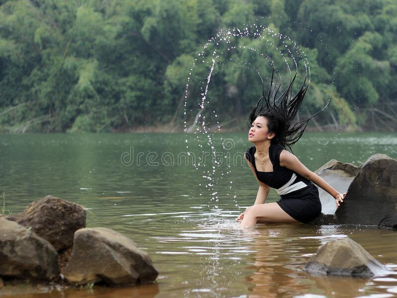 Girl In The Lake Free Public Domain Cc0 Image