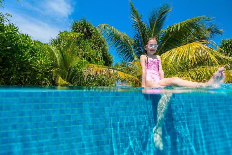 girl little pool στοκ φωτογραφία με δικαίωμα ελεύθερης χρήσης