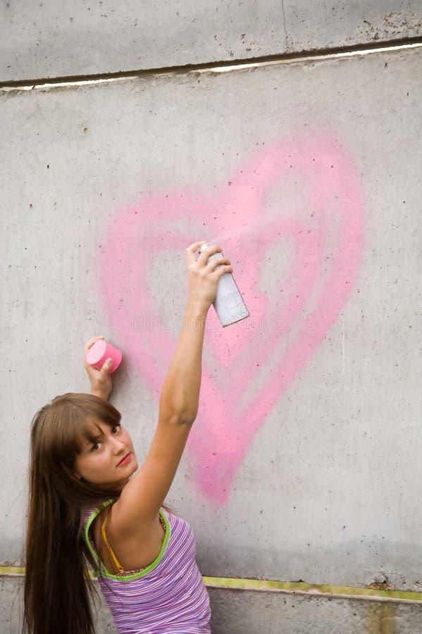 girl painting στοκ φωτογραφία με δικαίωμα ελεύθερης χρήσης
