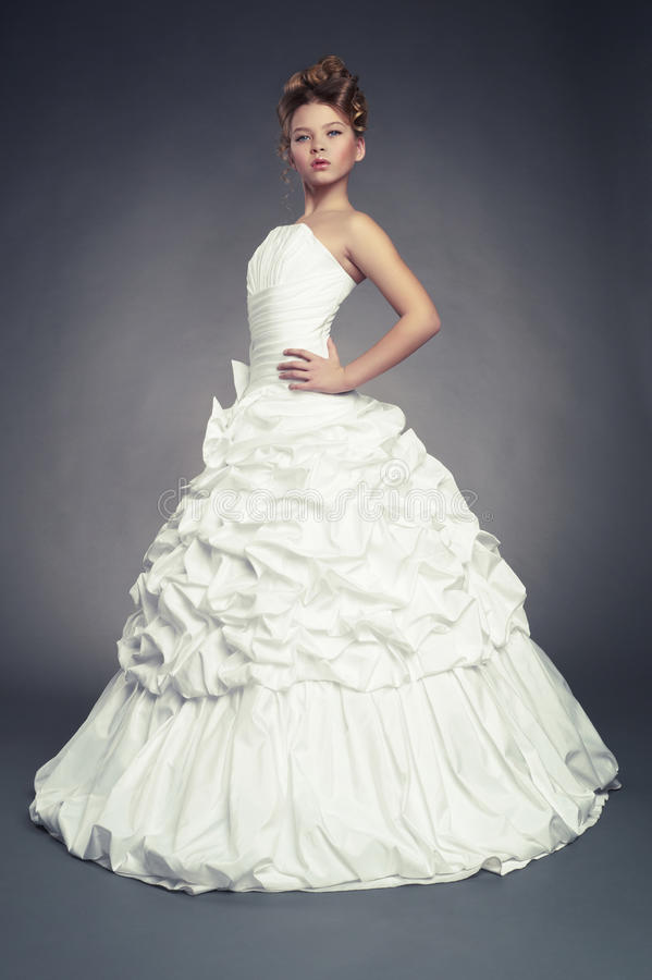 Download Girl Princess In White Ball Gown Stock Image - Image: 28698371