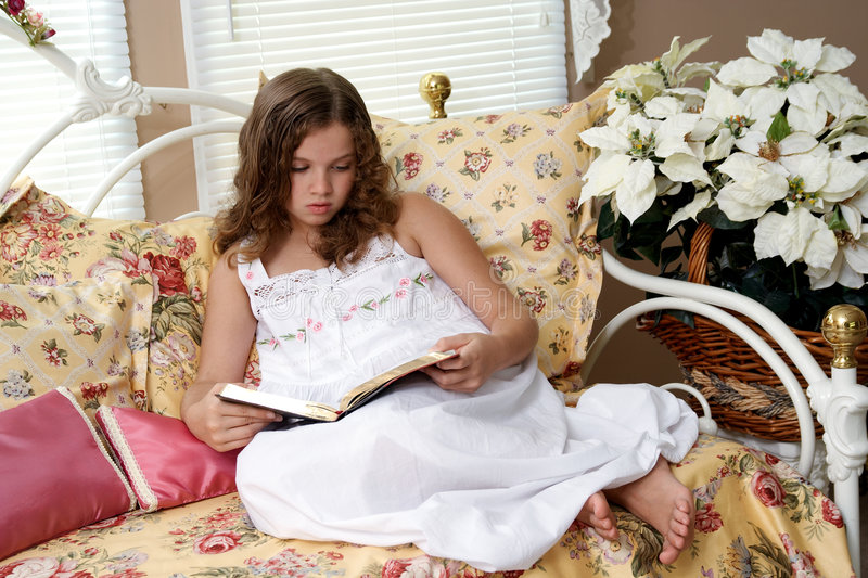 Download Girl Reading Bible Royalty Free Stock Photography - Image: 3082287
