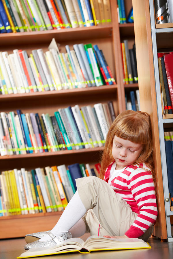 Download Girl Reading Book Royalty Free Stock Image - Image: 19697696