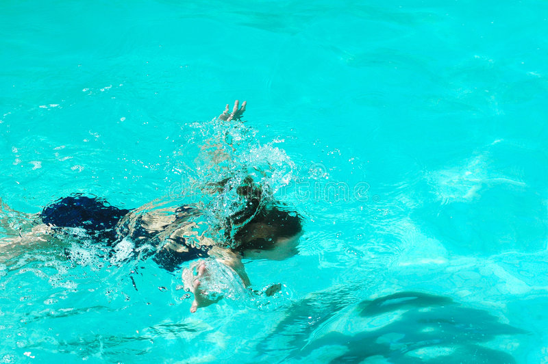 girl under water στοκ εικόνες