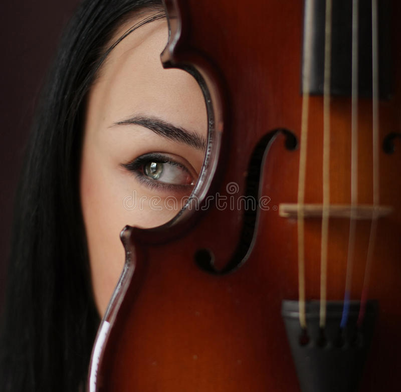 Free Girl With Violin Stock Photography - 10484152