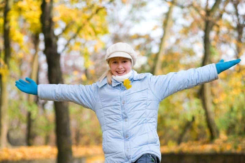 Girlie et automne photos libres de droits