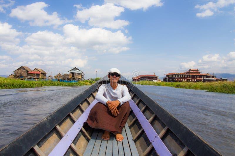 Giro in barca del lago Inle fotografie stock libere da diritti