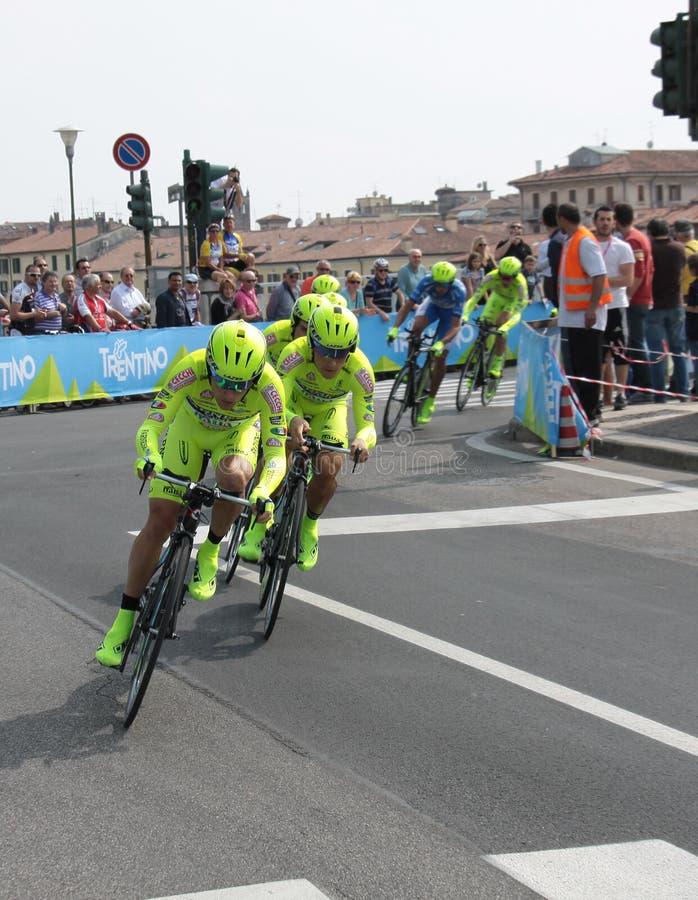 Download Giro D'Italia - SELLE ITALIA FARNESE Team Editorial Stock Photo - Image of cervelo, lampre: 24711748