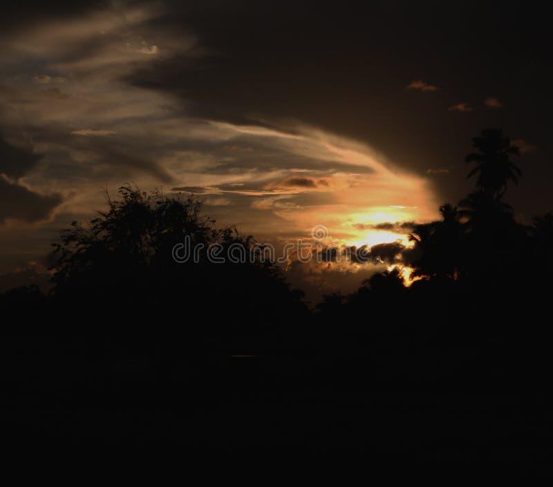 Giro del fantasma nel cielo immagini stock libere da diritti