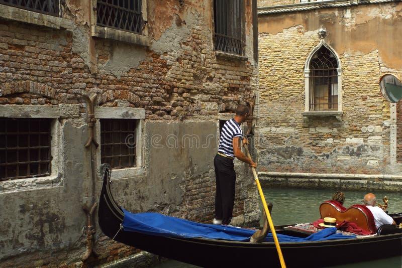 Giro della gondola a Venezia fotografie stock libere da diritti