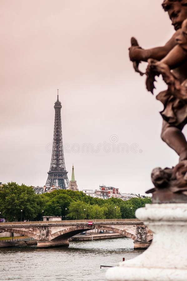 Giro Eiffel, torre Eiffel della La e la Senna fotografia stock libera da diritti