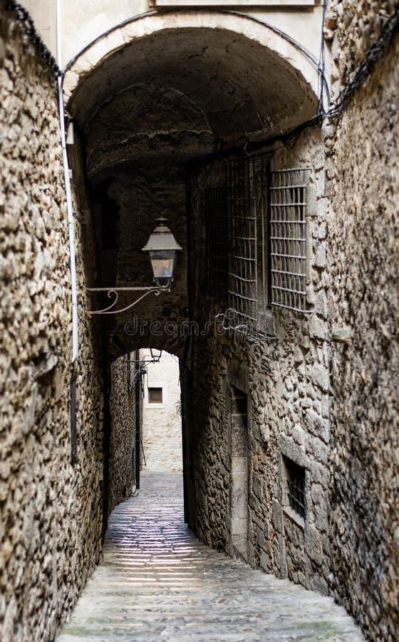 Girona Catalunya, España, calle vieja fotografía de archivo libre de regalías