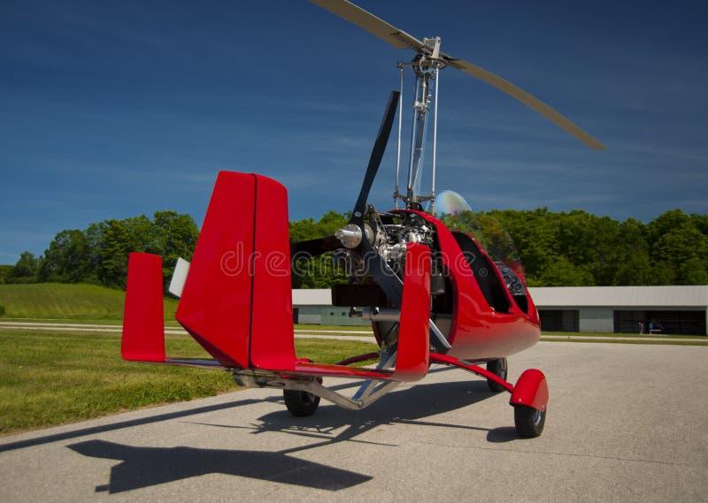 Giroplano rosso della aperto cabina di pilotaggio immagini stock libere da diritti