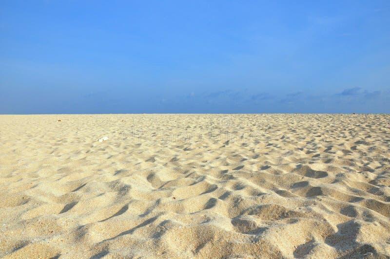 Gisement blanc de sable photos libres de droits