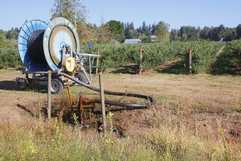 Gisement d'eau de puits et d'irrigation photo libre de droits