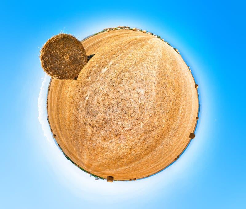 Gisement de foin. Projection 360 stéréographique. photo stock