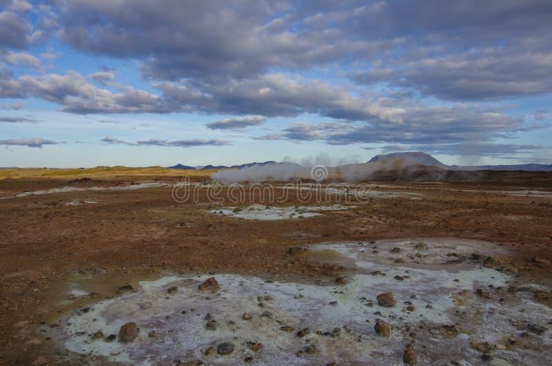 Gisement géothermique de Hverarond en Islande image libre de droits