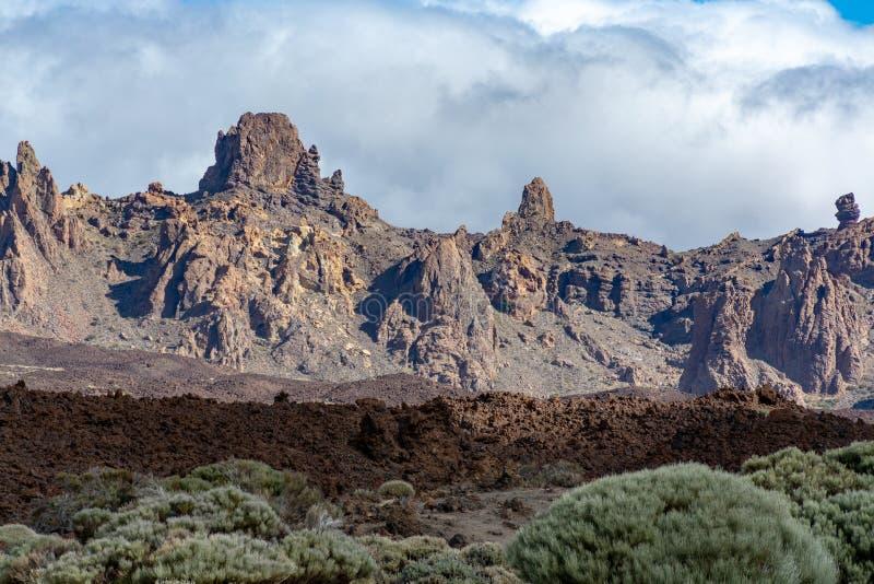 Gisements de lave volcaniques sur la plus haute montagne dans le bâti Teide, Tenetife, îles Canaries, Espagne de l'Espagne photo stock