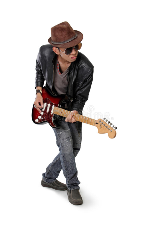 Gitara gracz w przypadkowej pozie obraz stock